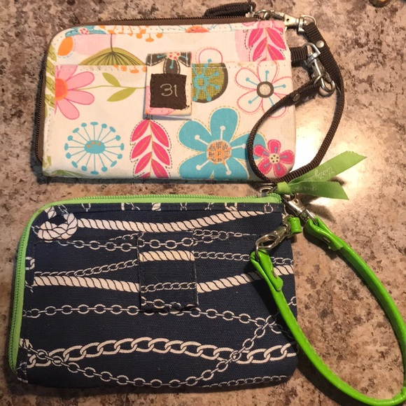 thirty-one Handbags - Thirty-one wristlets. Cute for summer.
